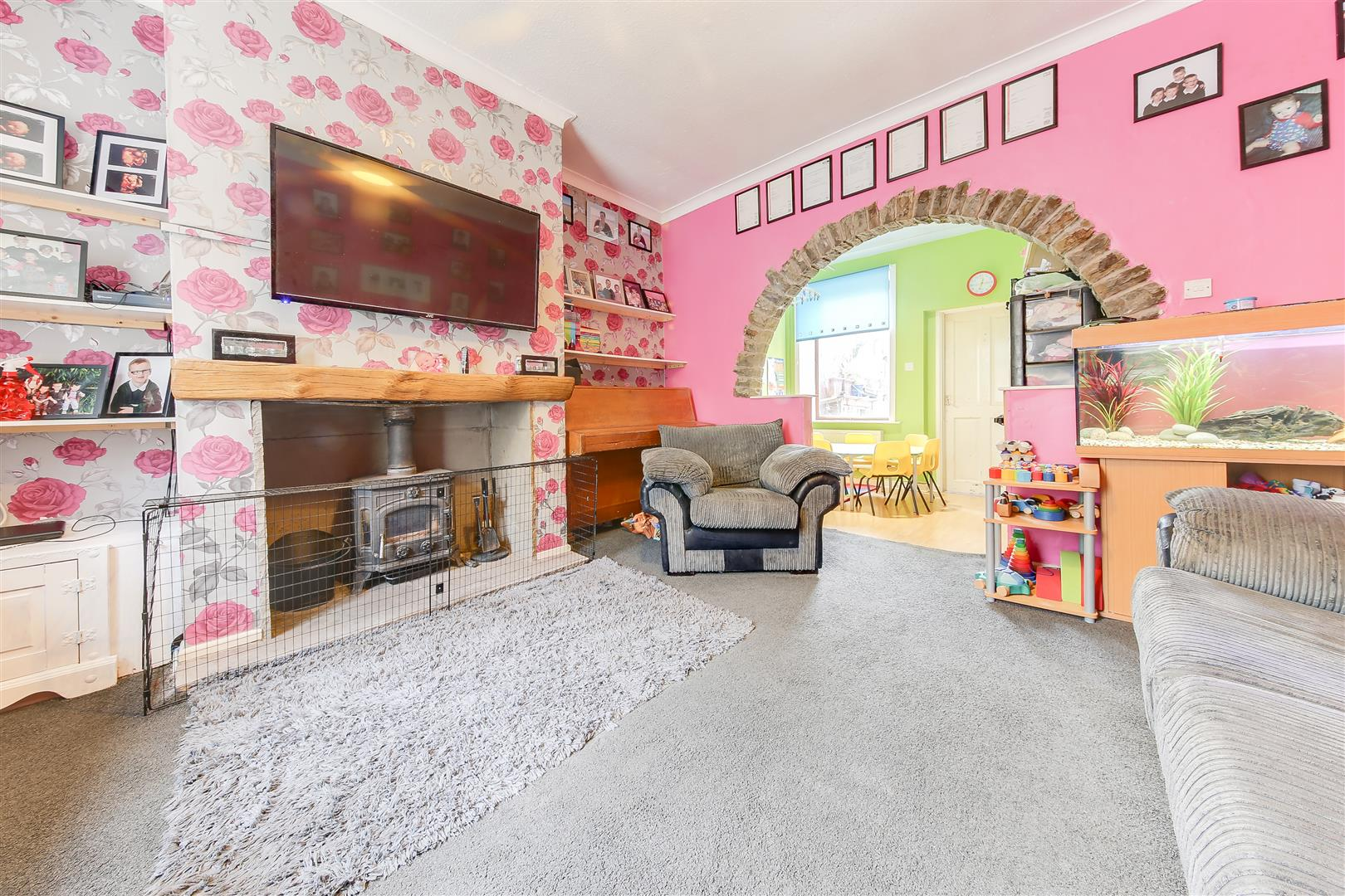 2 Bedrooms Terraced House for sale in David Street, Stacksteads, Bacup